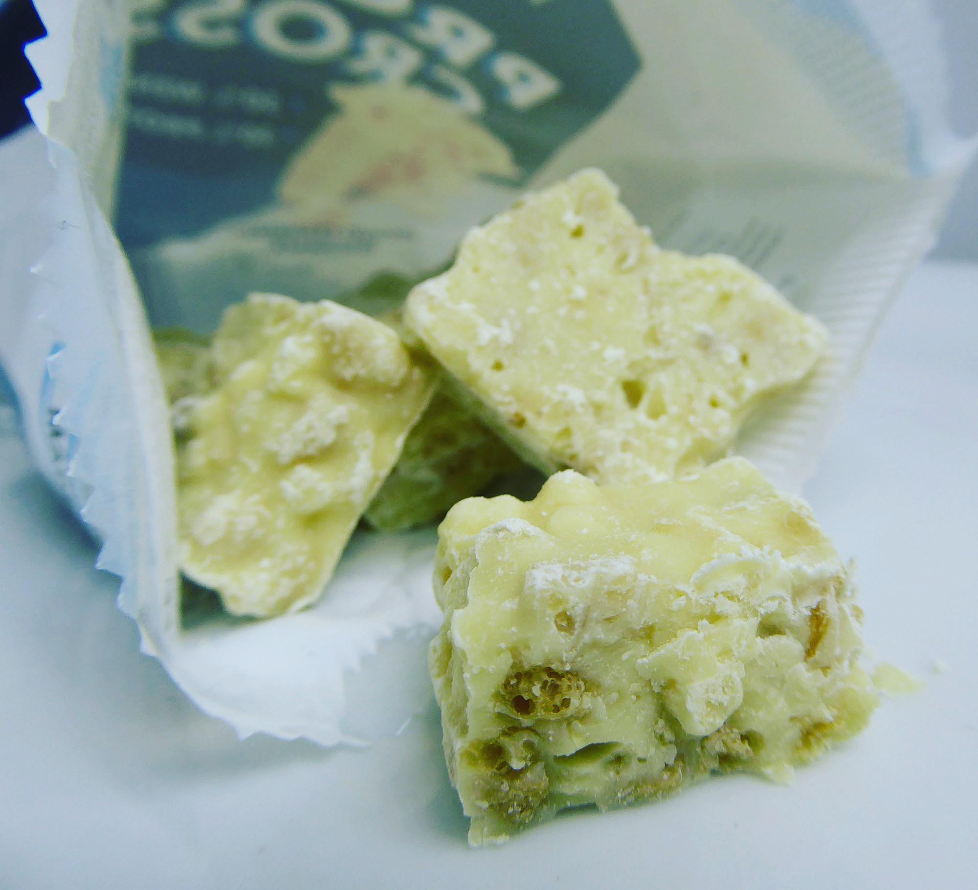 GymPro Whey Protein Isolate Crossies Joghurt Preiselbeer Weisse Schokolade
